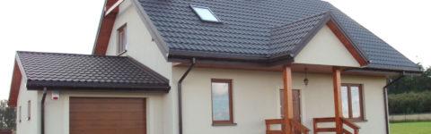 Firma wykonuje domy w różnych standardach oraz stanach wykończenia.